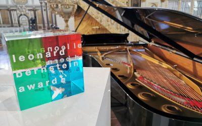 Isata receives Leonard Bernstein award from Schleswig Holstein Festival 2021